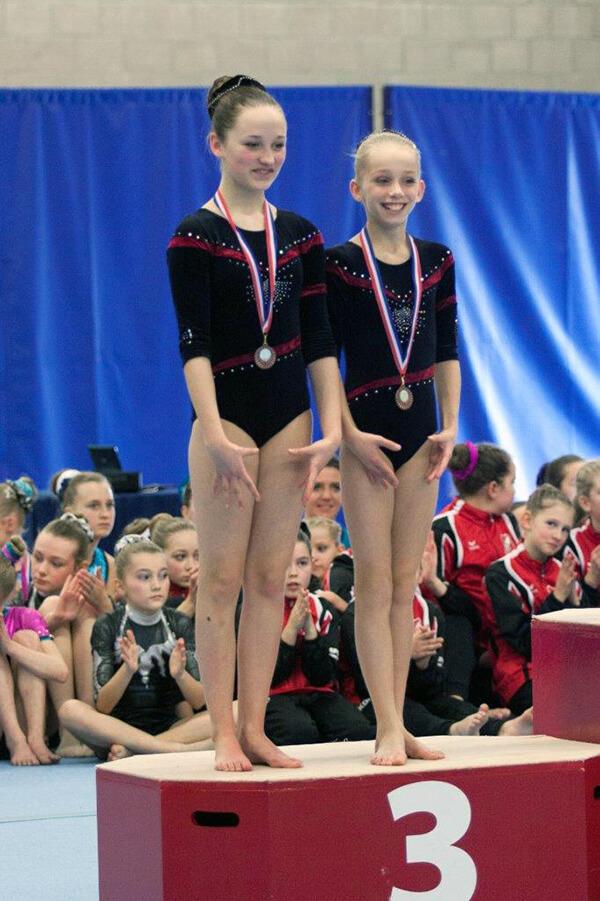 9 Denise en Danique 3 de plaats brons